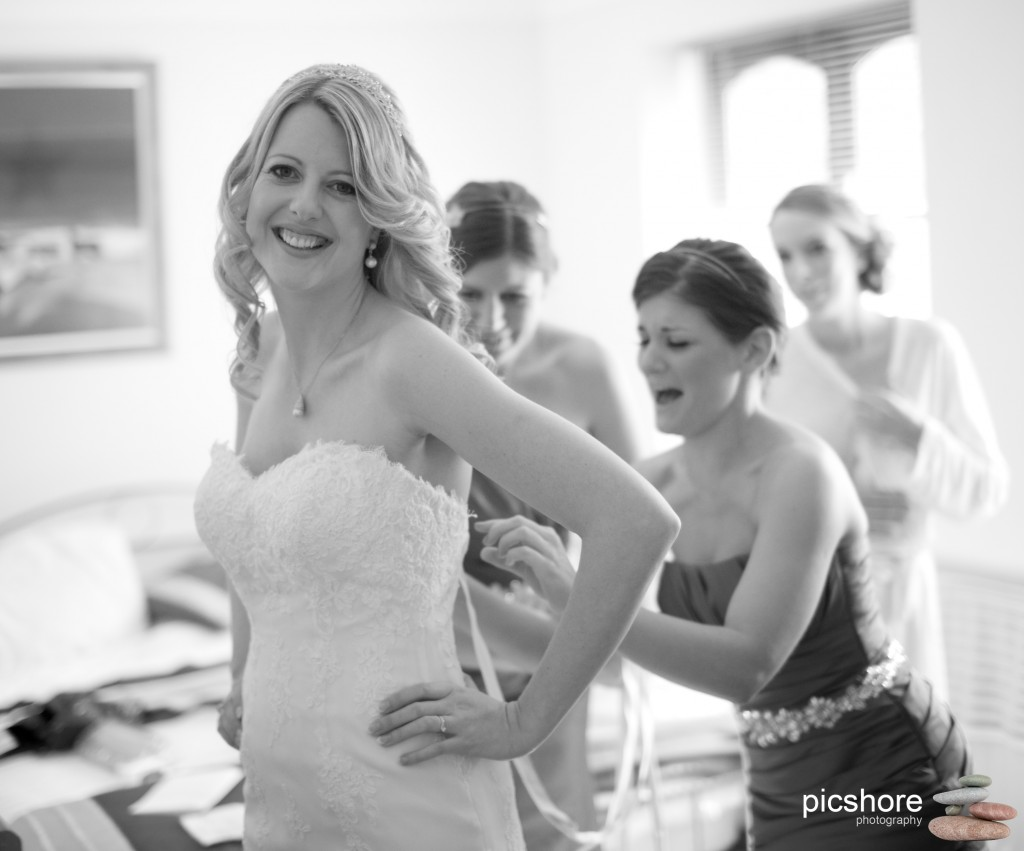 bridal preparations cornwall wedding picshore photography 01
