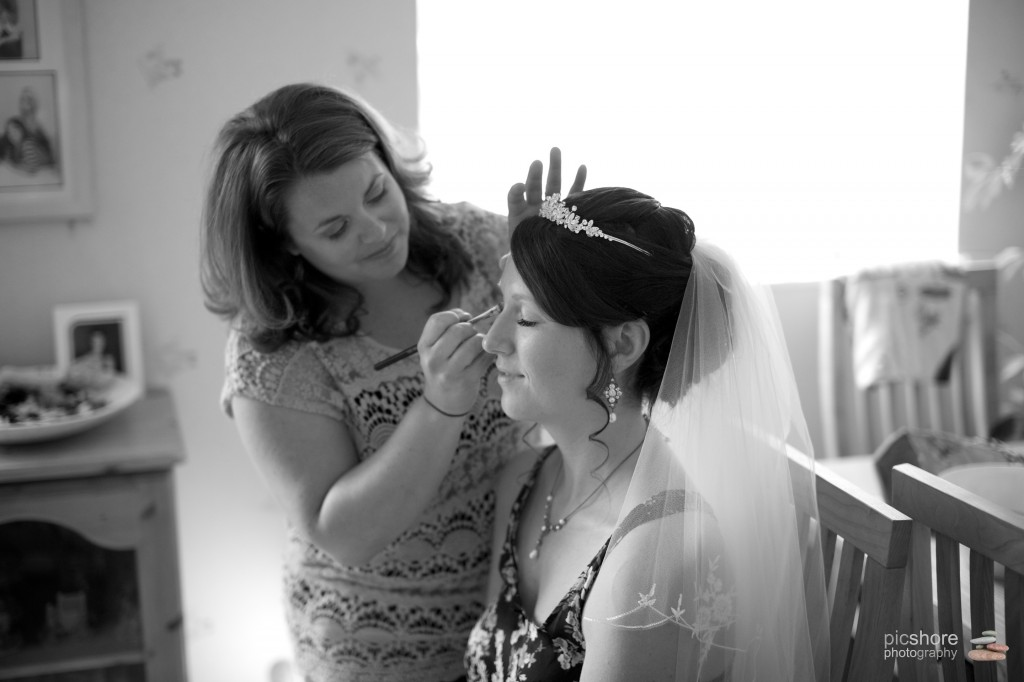 wedding photographer devon st marys church plympton st elizabeths house plymouth wedding picshore photography 01