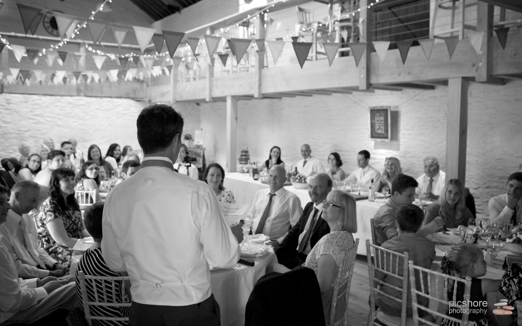 trenderway farm cornwall barn wedding photographer picshore photography 5