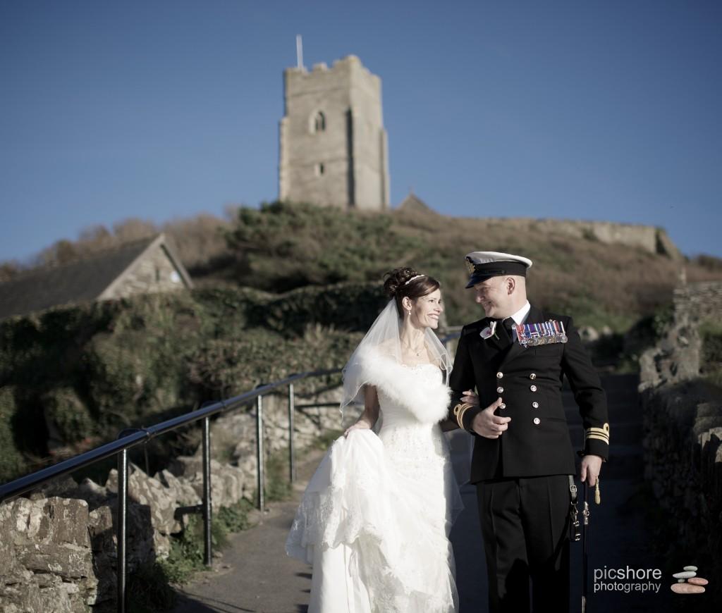 wembury church wedding picshore photography, devon winter wedding