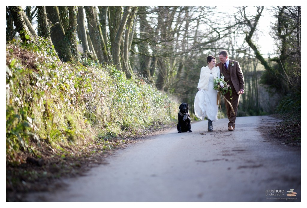 Trenderway Farm wedding photographer Cornwall Picshore Photography 15