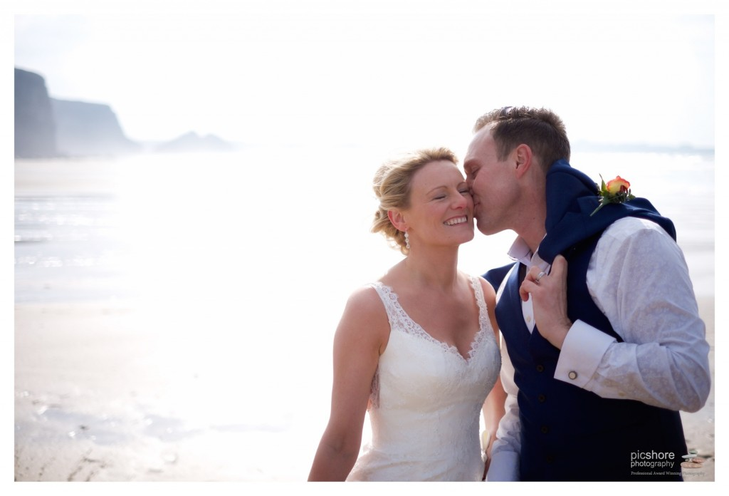 cornwall beach wedding photographer picshore photography