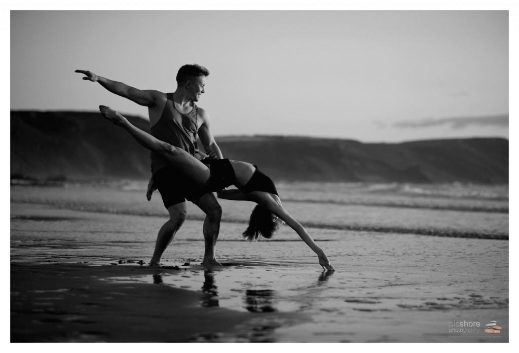 Cornwall beach dancers photoshoot picshore photography 10