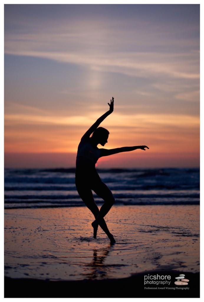 Sunset dancer beach photoshoot cornwall picshore photography 18