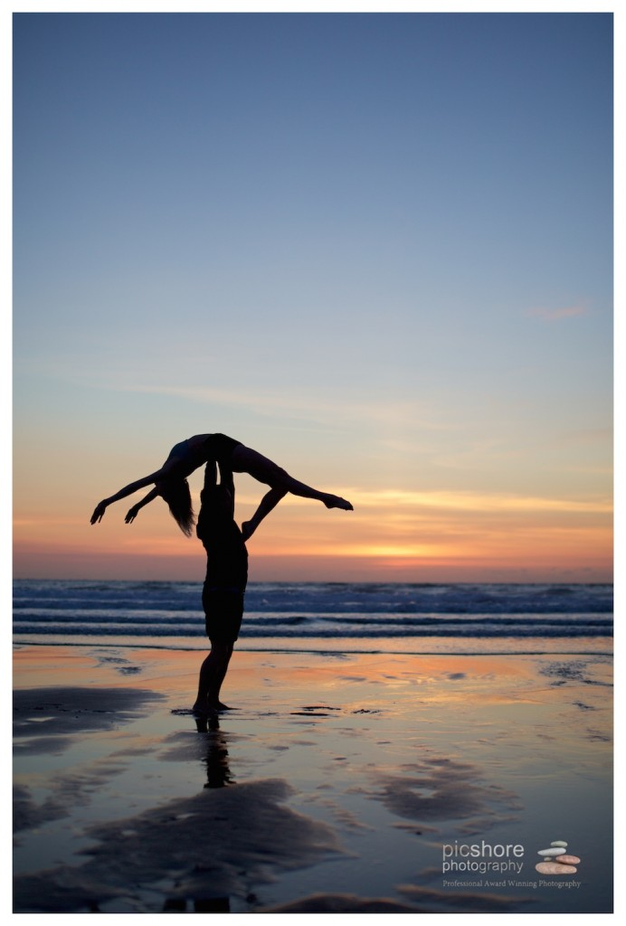 Sunset dancers beach photoshoot cornwall picshore photography 19